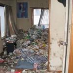 汚部屋清掃 ゴミ屋敷住居の片付け すぐに解決!|東京都港区 渋谷区 アパートマンション編